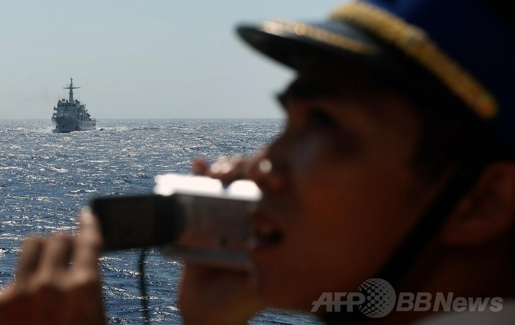 ベトナム当局者「中国船の体当たりで漁船沈没」
