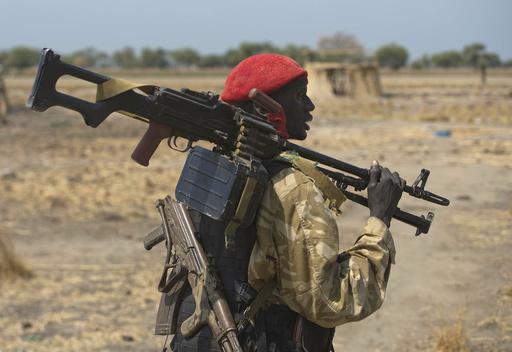 南スーダン軍、民間人50人をコンテナ詰めで窒息死させる
