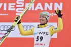 葛西が再び3位入賞、王者プレヴツに競り勝つ スキージャンプW杯