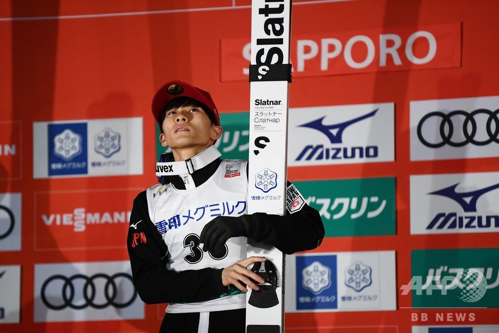 佐藤幸椰が2勝目、小林陵侑は失速15位 ジャンプW杯