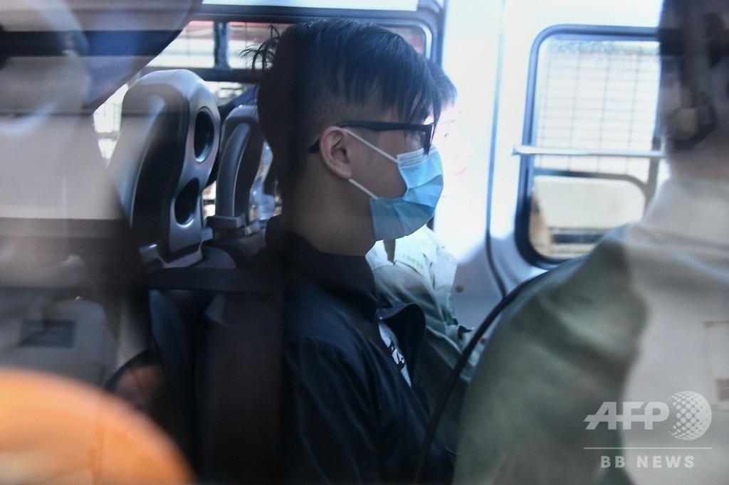 「覆面禁止法」で初起訴、香港 マスク姿で抗議も