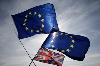 EUと英、「政治宣言」案に合意 移行期間の1~2年延長も