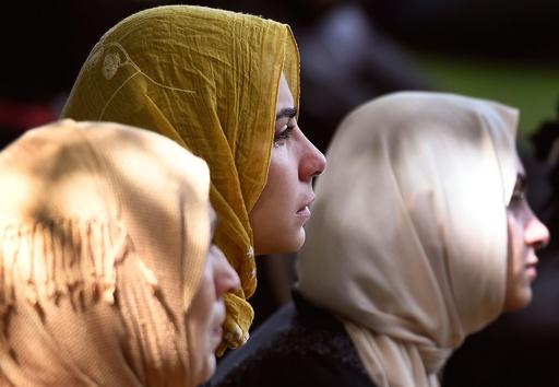モスク銃乱射事件から1週間、各地で黙とう ニュージーランド