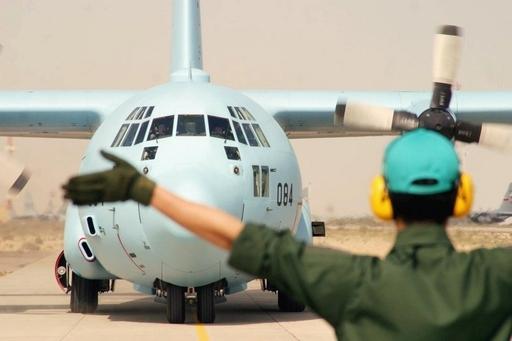 空自のイラク空輸活動に違憲判断、政府は派遣継続の構え