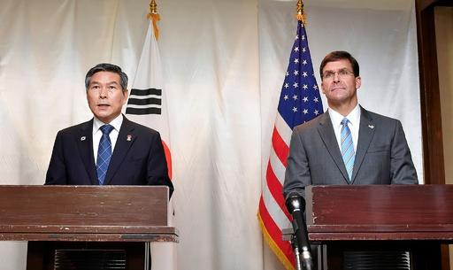 米国防長官、米韓合同航空演習の延期を発表