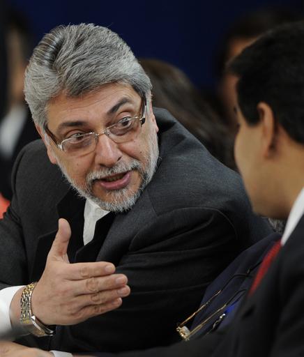 大統領にDNA鑑定命令、また婚外子裁判で パラグアイ