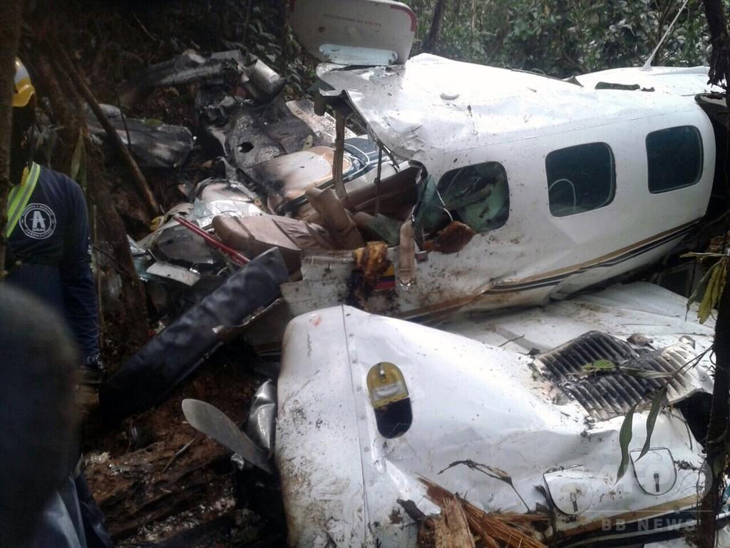 「奇跡」の母子生還、小型機墜落から4日ぶり無事発見 南米