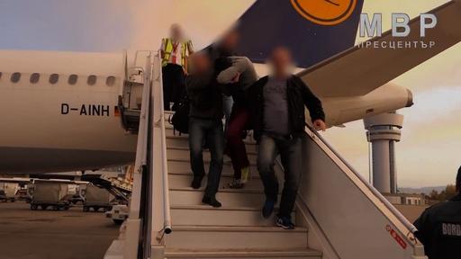 動画:ブルガリア人記者レイプ殺害事件で男逮捕、ドイツから送還