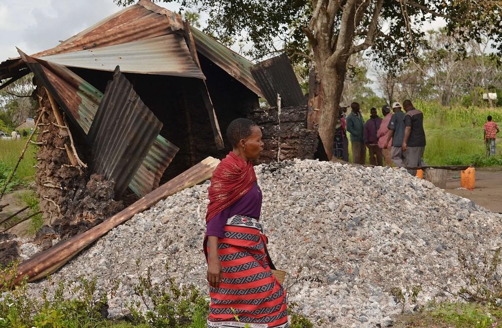 ケニア沿岸部でまた町襲撃、21人殺害
