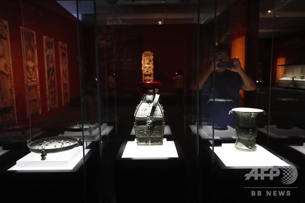「文化財回収成果展」開催 中国建国70周年で