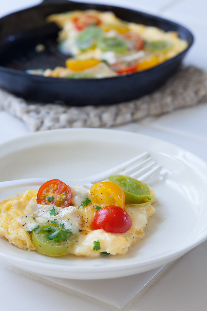 <La Cuillere de marie claire style>第35回 プチトマトとカマンベールのオムレツ