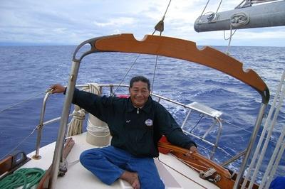 「波を追う」太平洋の伝統航海士が死去、技術継承に貢献