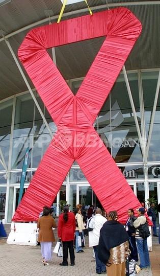 アフリカのエイズまん延は「災害」、国際赤十字