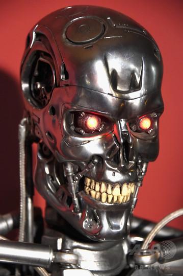 人工知能で人類は滅亡する? ホーキング博士の警告で議論再燃