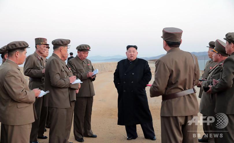 金委員長が「ハイテク」兵器の試験視察、北朝鮮メディア