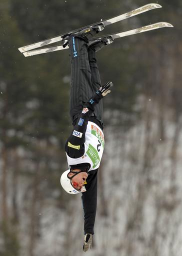 セントオンジが男子エアリアルを制す、フリースタイルスキー世界選手権