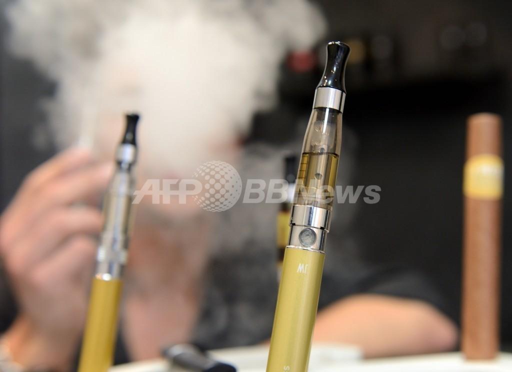 電子たばこの禁煙補助効果、ニコチンパッチと同程度 NZ調査