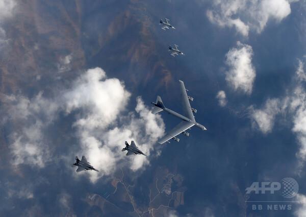 韓国国防省、米戦略兵器の追加展開も=空母派遣検討か、北朝鮮は反発