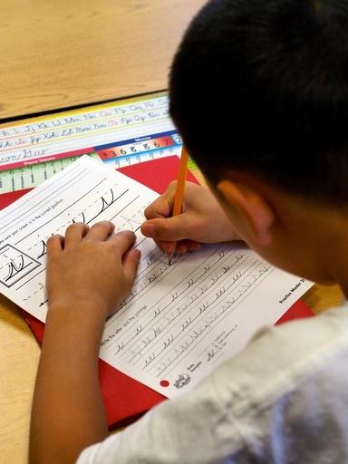 IT時代に筆記体を学ぶ価値とは、米で議論沸騰