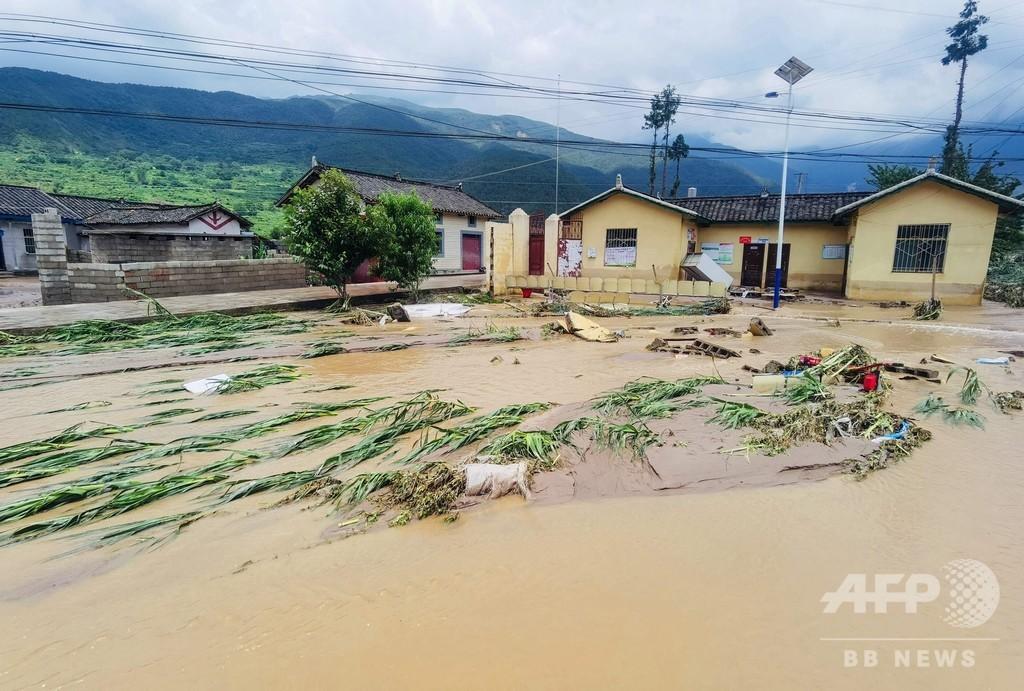 中国・四川省で集中豪雨、少なくとも12人死亡 7000人避難