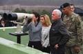 ペンス副大統領、対北朝鮮「あらゆる選択肢ある」 板門店を視察