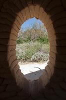 砂漠の展覧会「Desert X」、ダグ・エイケン氏「蜃気楼」の家など