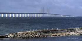 手作り潜水艦の所有者を殺人罪で起訴、沈没で女性不明 デンマーク
