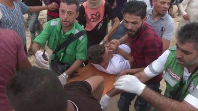 動画:ガザ境界のビーチで衝突、パレスチナ活動家らとイスラエル治安部隊