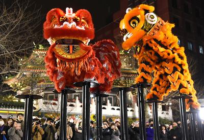 盛大に「春節」幕開け、カウントダウンやパレード目白押し 横浜
