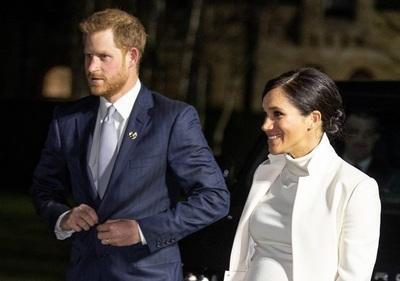 メーガン妃とダイアナ元妃の状況は違う、英各紙 G・クルーニーの批判に反論
