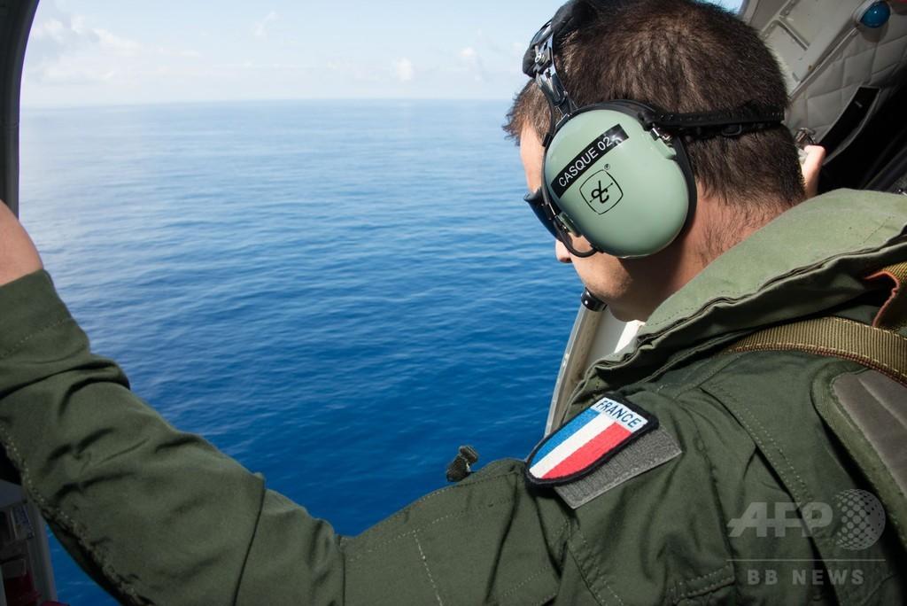 モルディブで残骸の目撃情報、不明機との関連調査