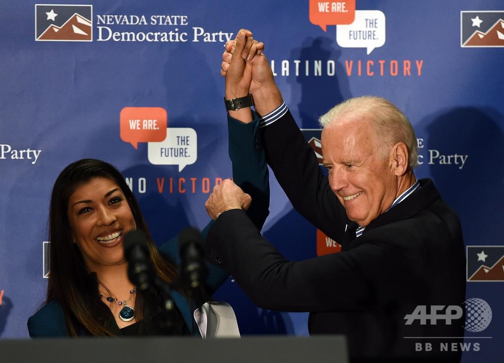 米大統領選 根強い人気のバイデン氏を不適切な行為で女性元議員が告発