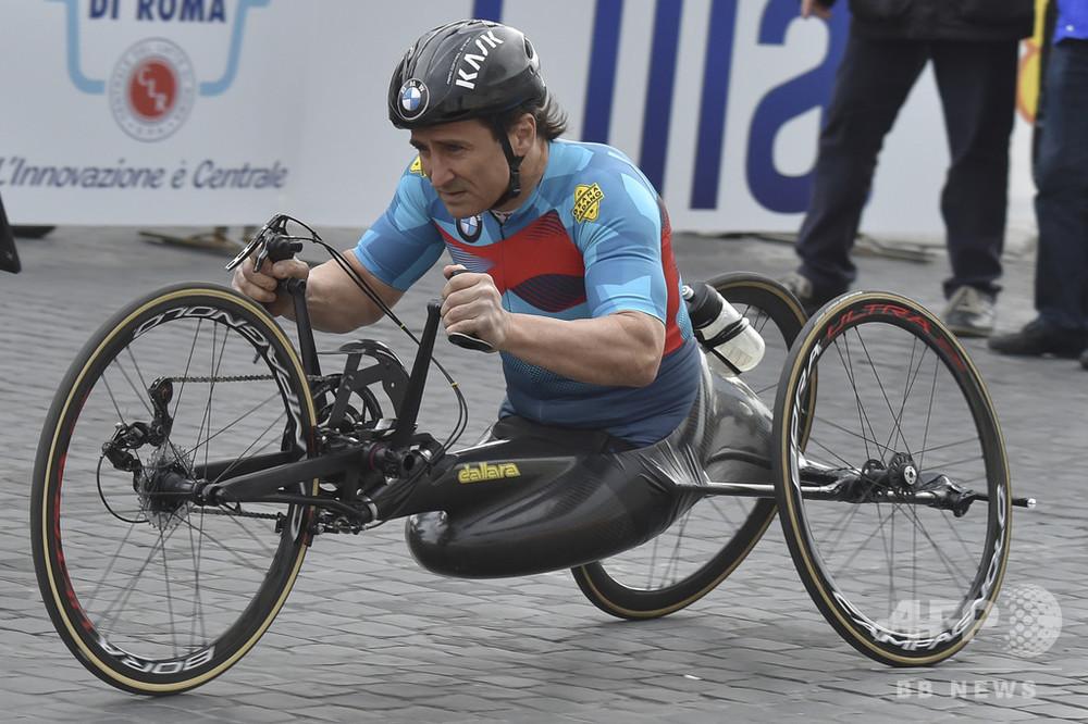 ザナルディ アレックス 【感動】元F1ドライバーでCARTチャンピオンのアレックス・ザナルディがパラリンピックで3つめの金メダル :