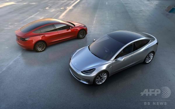 テスラ、新型EVを発表 価格抑えた量産車