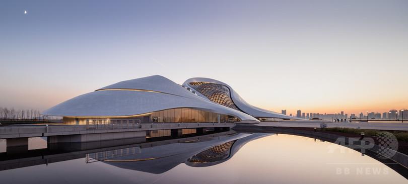 中国・ハルビンに新オペラハウスが完成