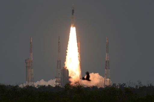 インド、月面探査機「チャンドラヤーン2号」打ち上げ