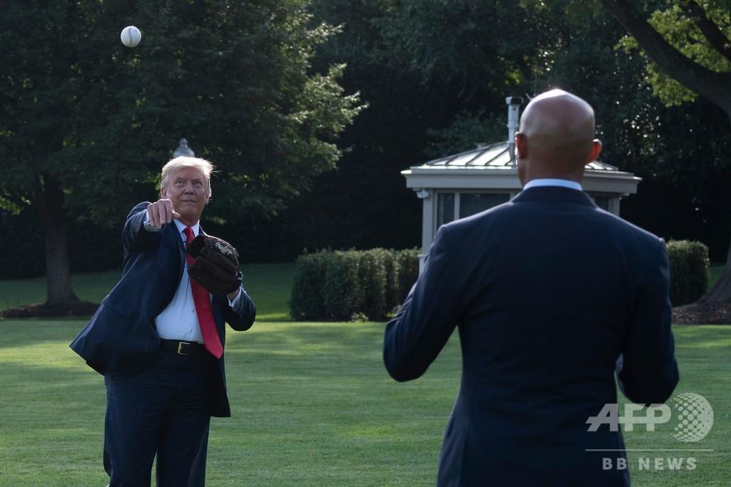 トランプ大統領、ヤンキース戦の始球式登場を延期
