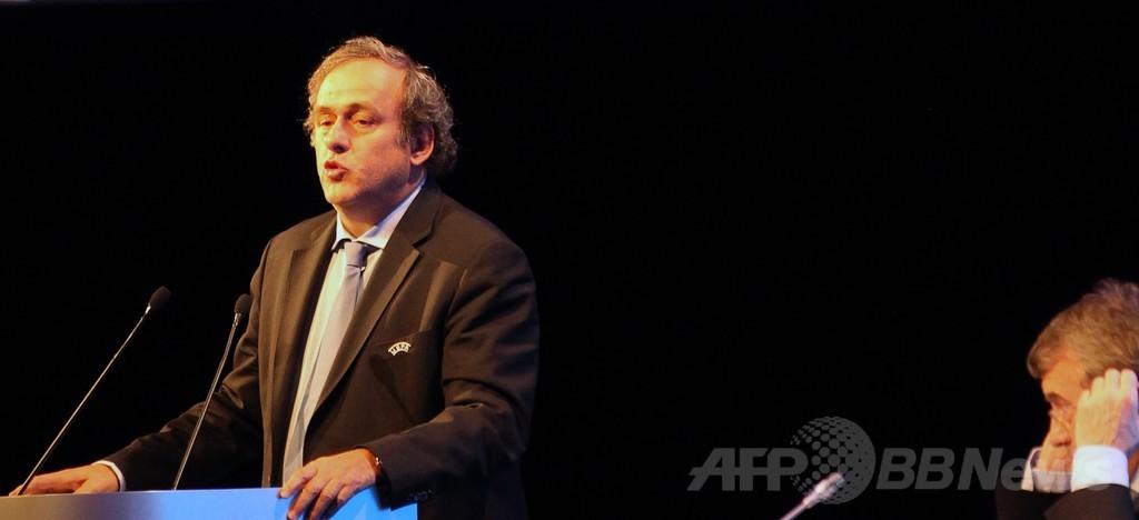 プラティニ氏、FIFA会長選で現会長に勝てるのは「私だけ」