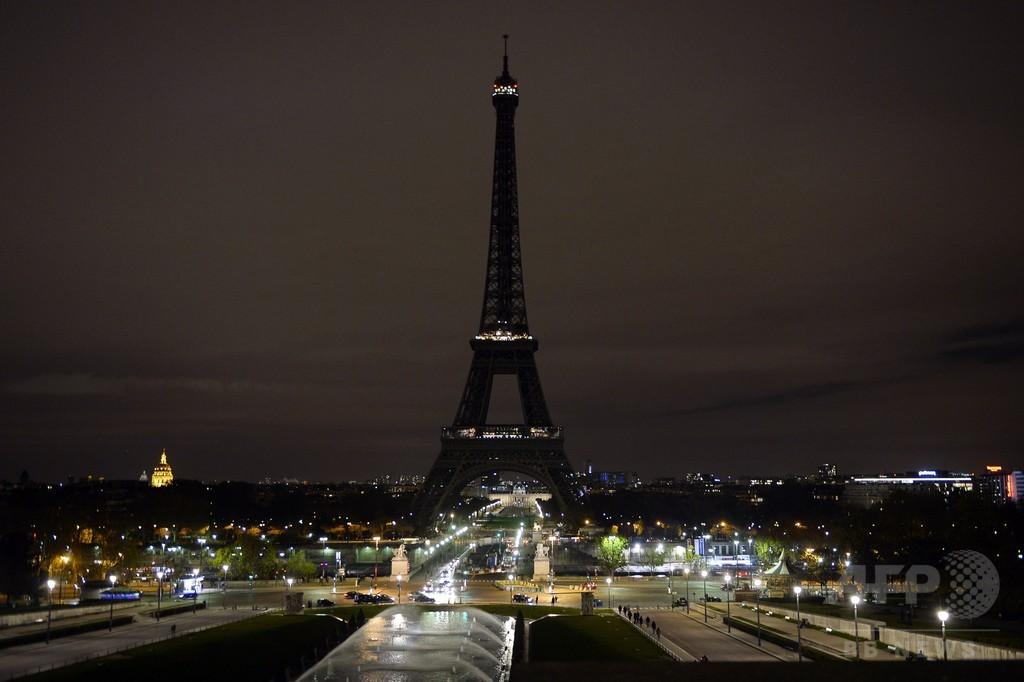 パリ連続襲撃、ベルギーで数人拘束 容疑者使用の車と関連