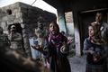 イラク兵の拷問捉えた写真に仏報道賞、倫理的ジレンマを問う