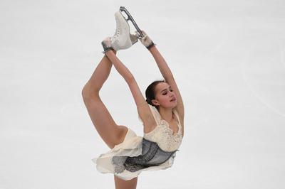 五輪女王ザギトワ、決意を胸に欧州選手権へ「ベストの滑りを」