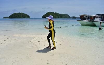 観光客激増のパラオ、環境配慮の誓約書に署名義務付け 入国時に