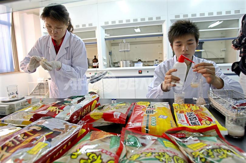 中国で大量の食品から有害物質発見