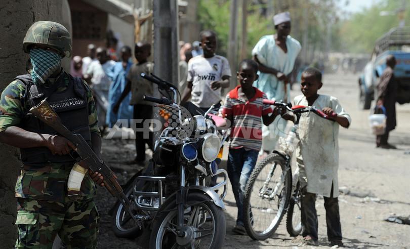 ナイジェリア軍、イスラム過激派拠点を空爆 死者多数か