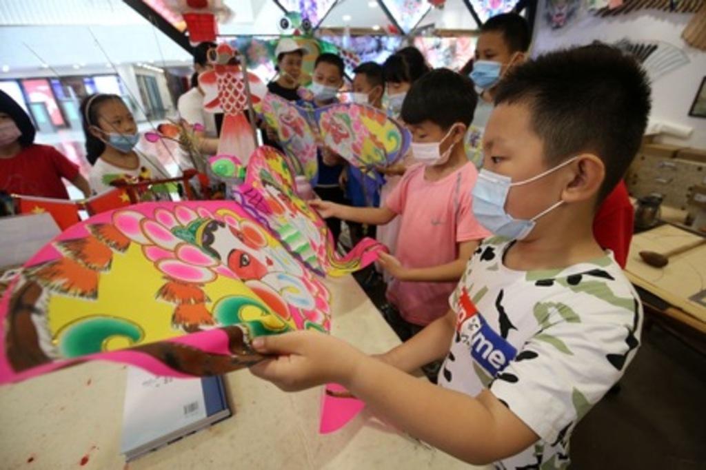 「世界の凧の首都」で文化が生活を育む