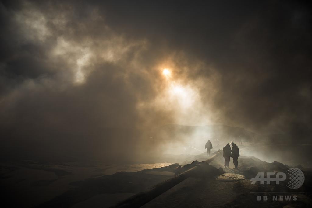 モスル奪還作戦の「負の遺産」 環境や住民の健康に長期的リスク