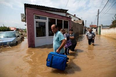 マケドニア首都で暴風雨、21人死亡 市長「かつてない大災害」
