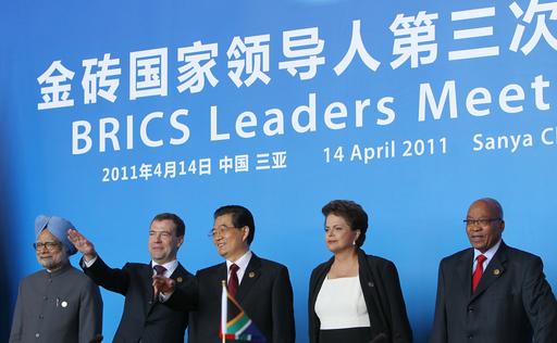 リビアでの武力行使に反対、BRICSが共同声明
