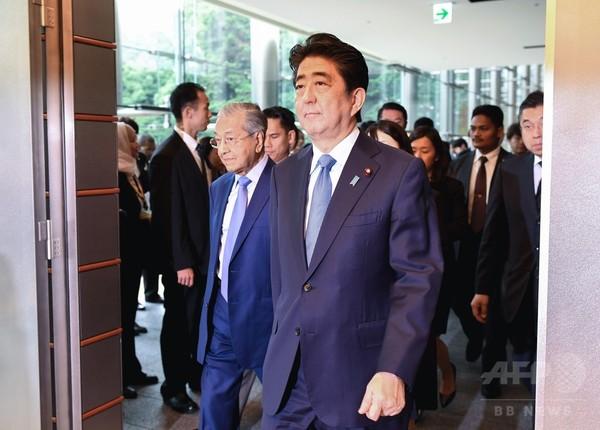 安倍首相、米朝会談の合意文書を歓迎 「問題解決の最初の一歩」