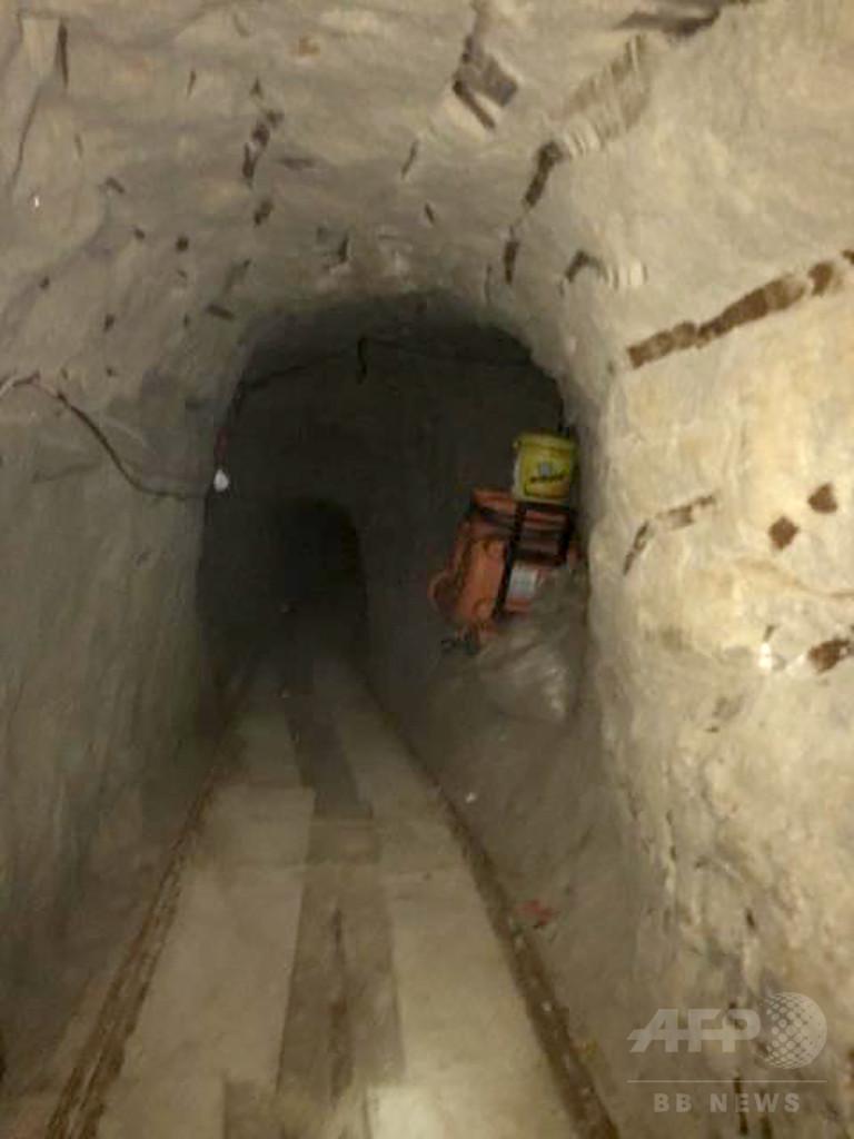 まで 脱獄 トンネル